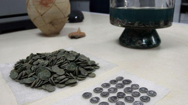 Монети от I и II век